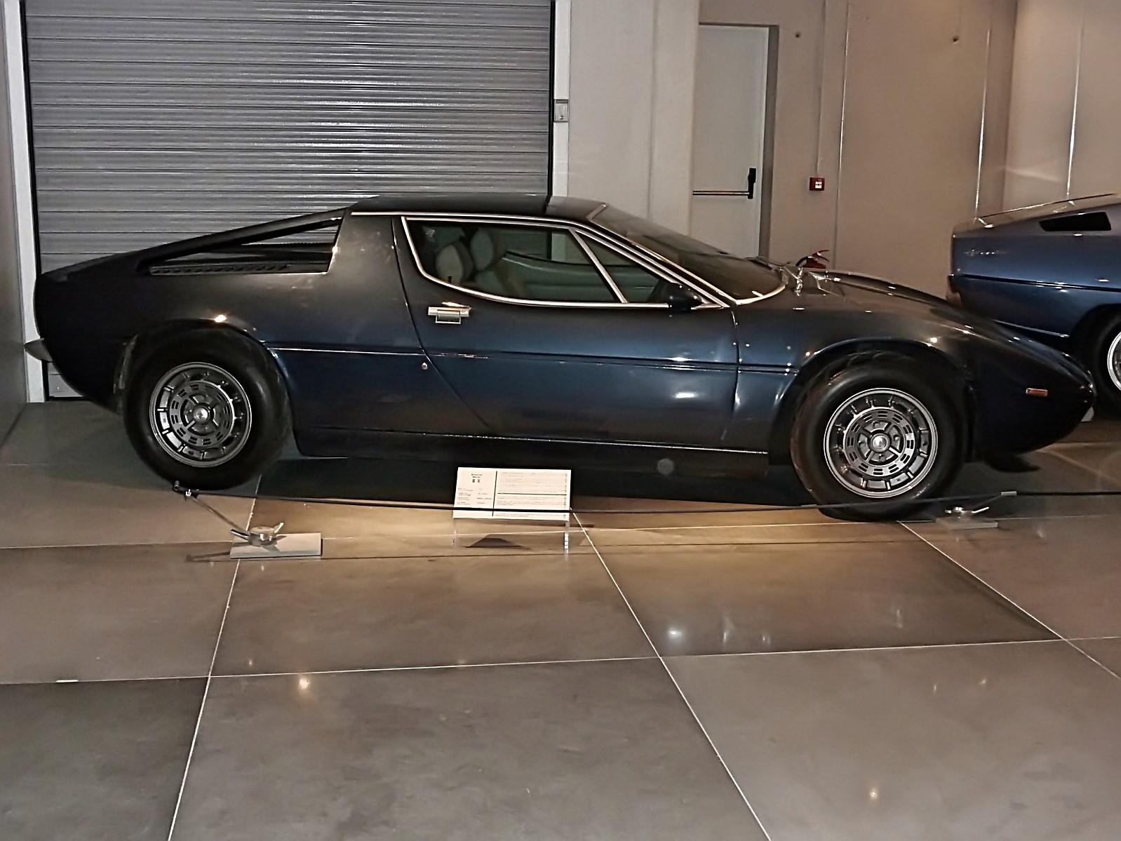 hellenic motor museum (13).jpg