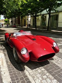 1959_Ferrari_250_TRFantuzzi_(1)