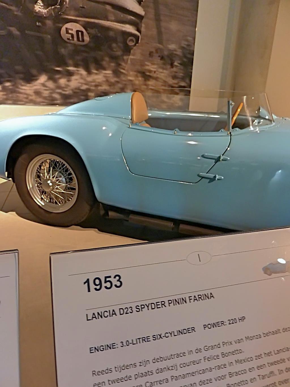 1953 Lancia D23 Spyder Pinin Farina (16).jpg