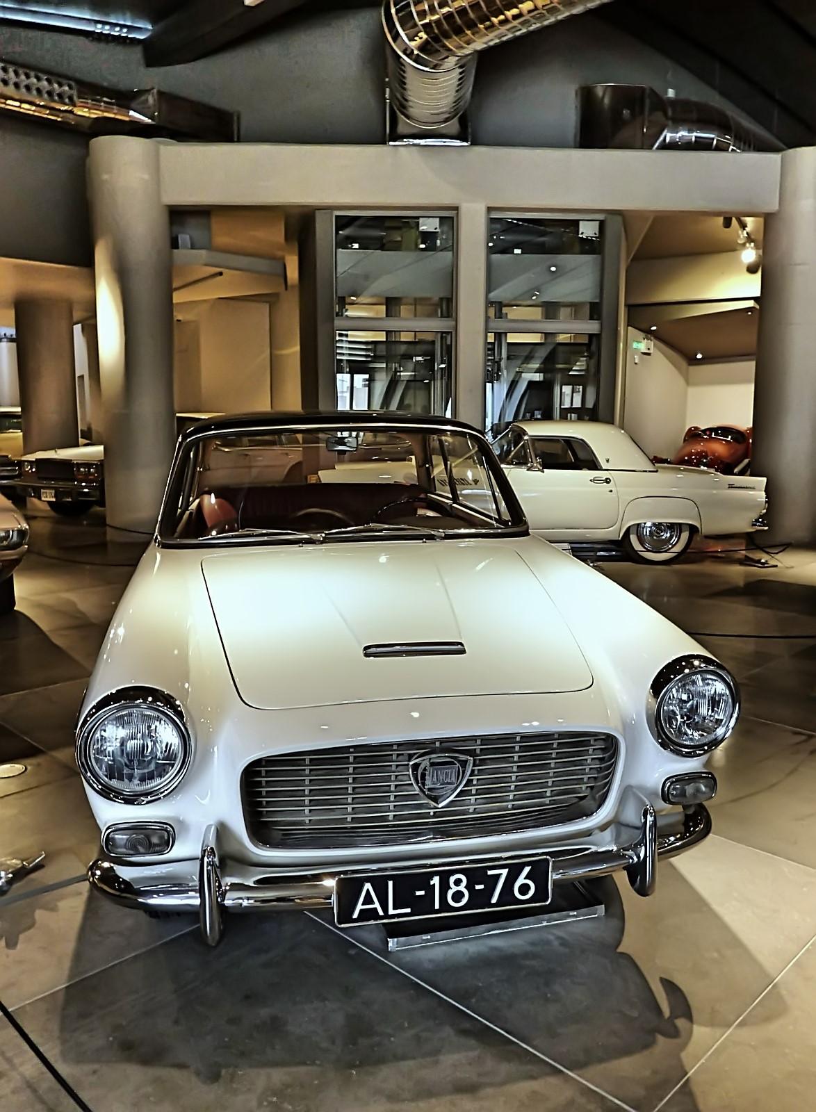 hellenic motor museum (27).JPG