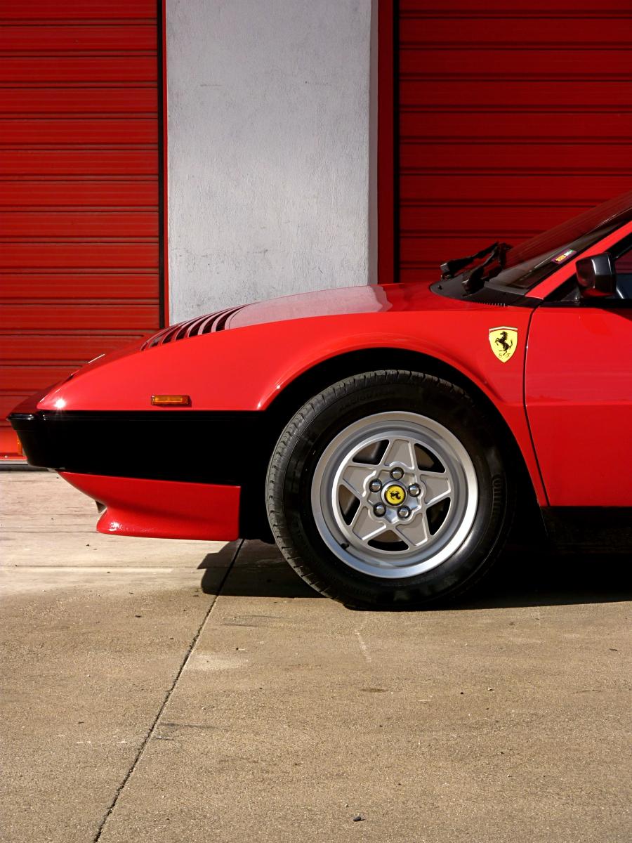 1982 Ferrari Mondial QV (33).jpg