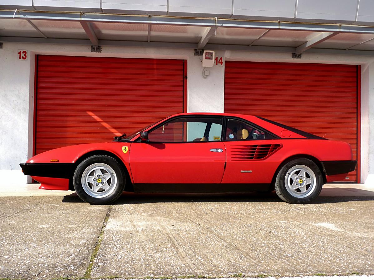 1982 Ferrari Mondial QV (36).jpg