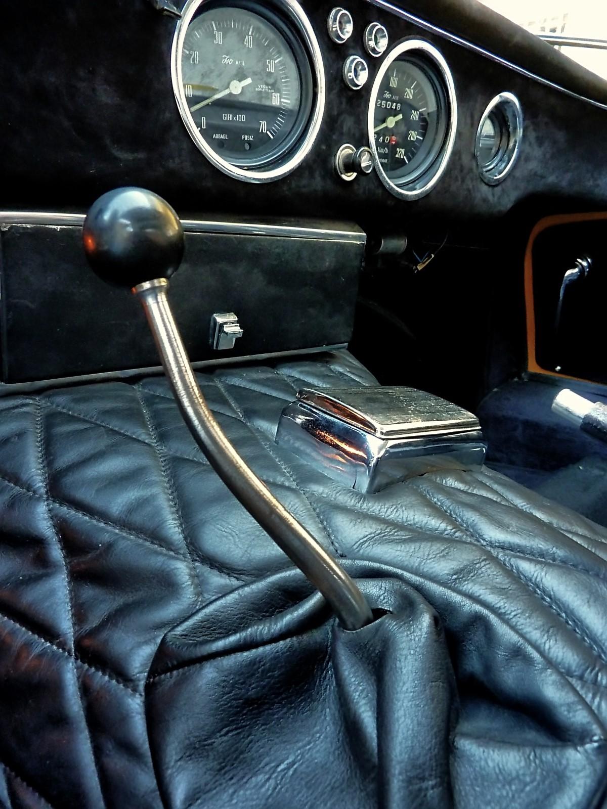 1966 Bizzarrini 5300 GT Strada (31).jpg