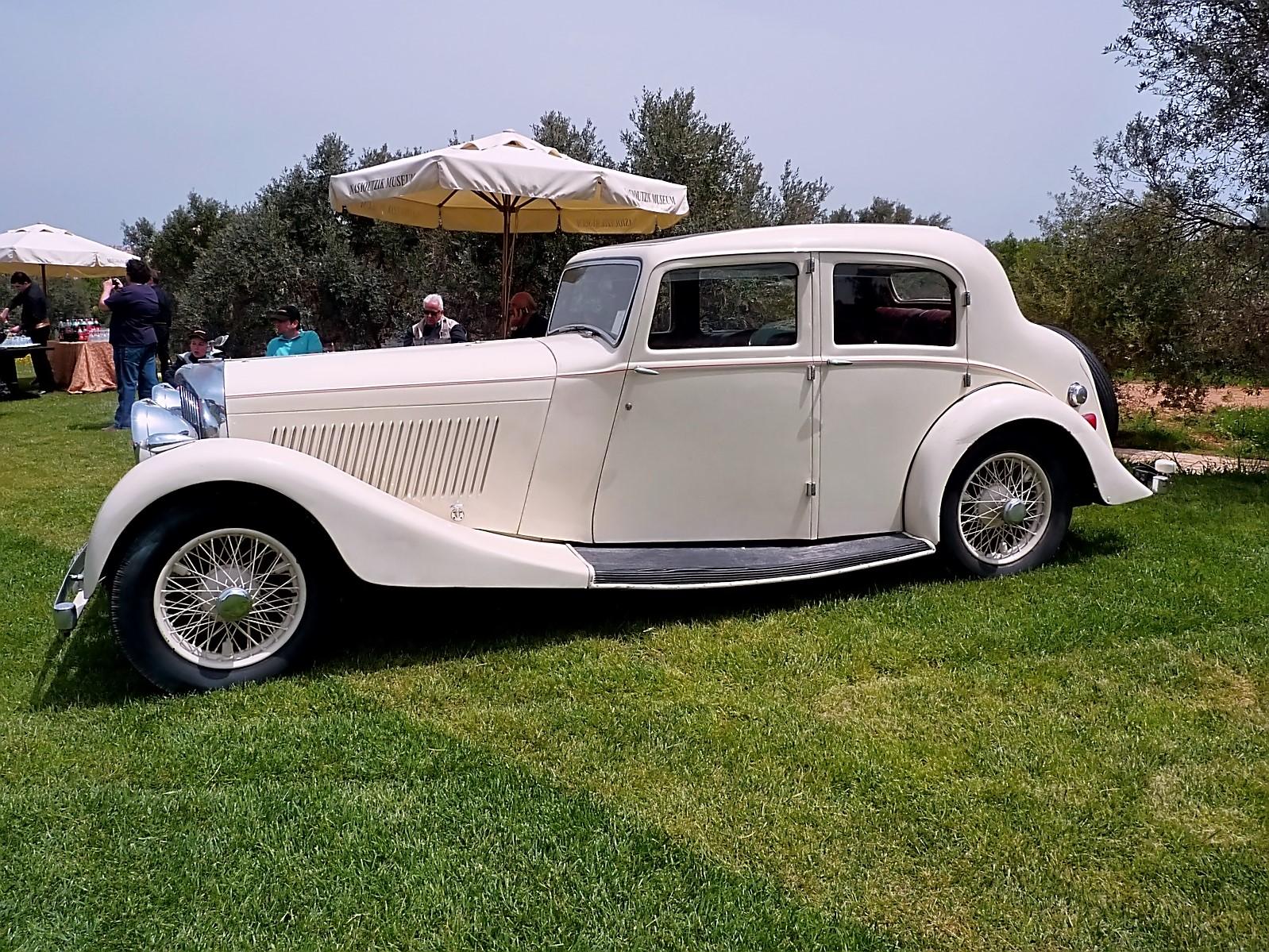 4th Classic Auto Show 2011 (35).jpg