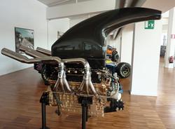 L804 V4 Powerboat Engine (1993)