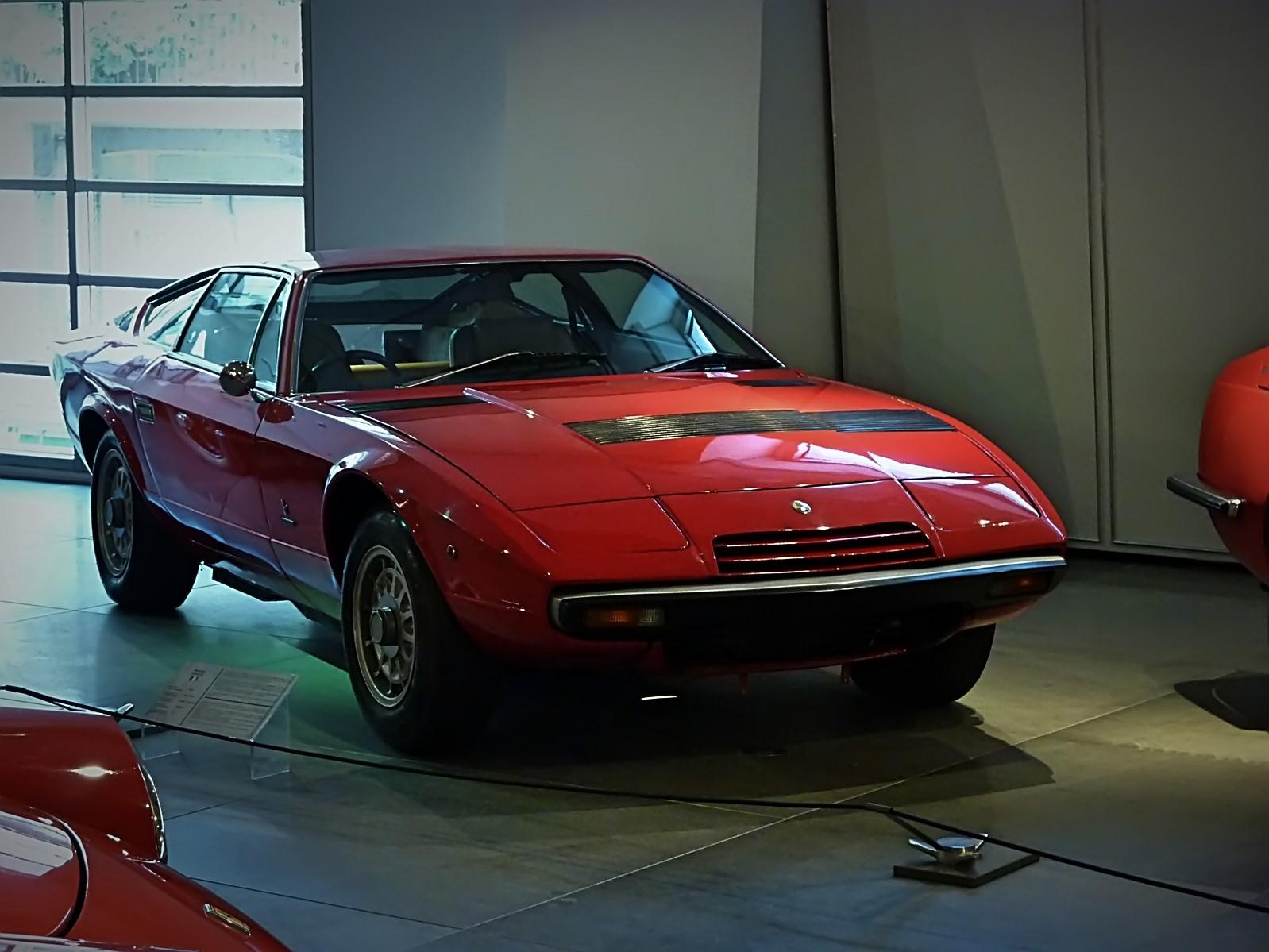 hellenic motor museum (23).JPG