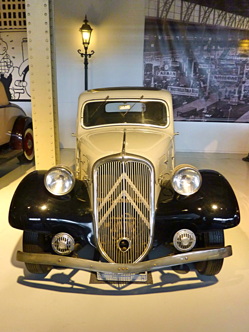 Autoworld Museum Brussels (76).jpg