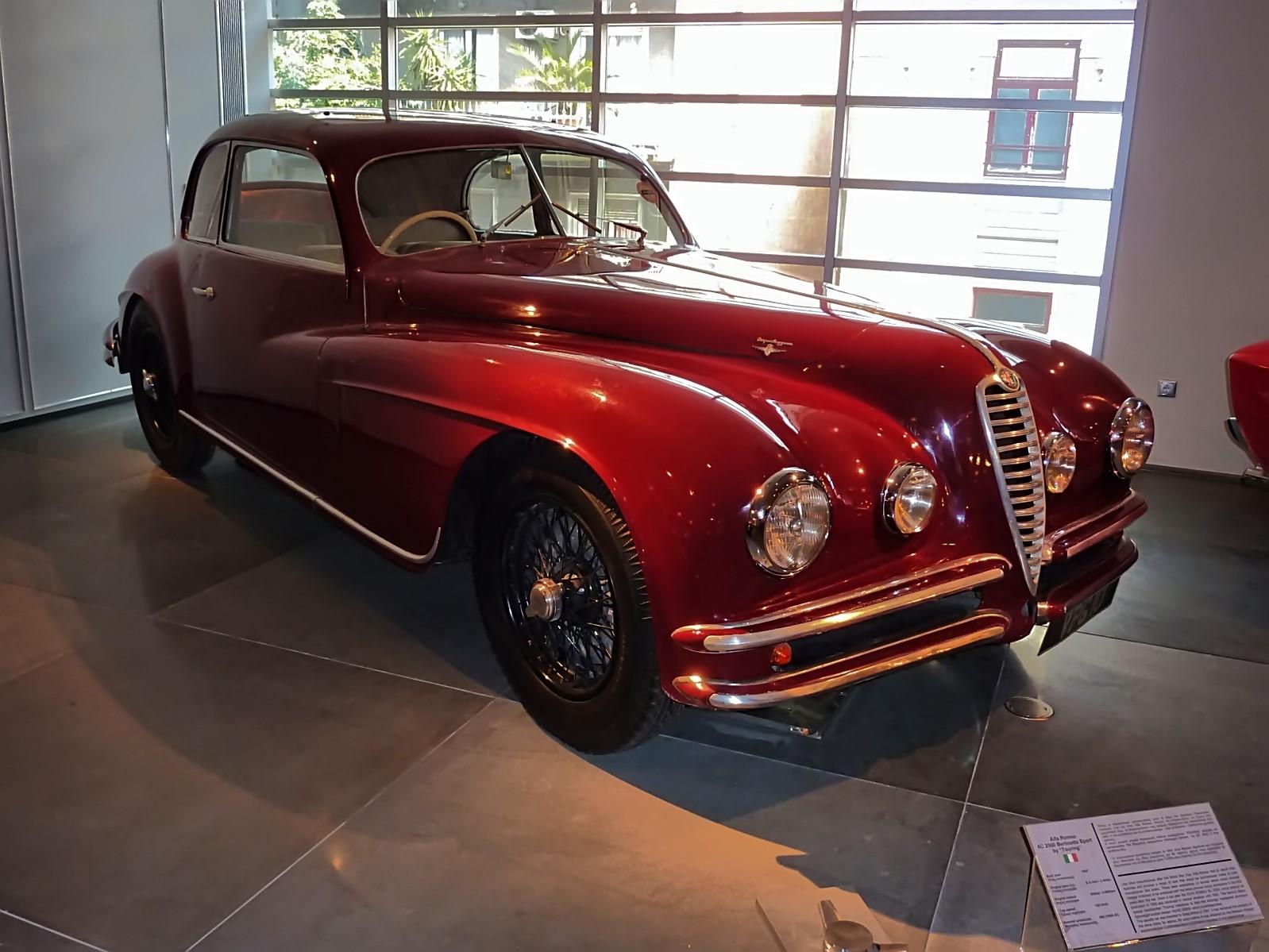 hellenic motor museum (15).JPG
