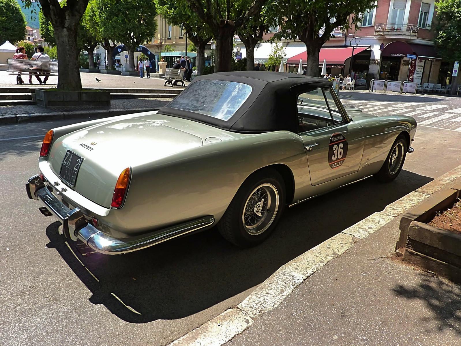 1960 Ferrari 250GT Cabriolet  (12).jpg