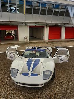 1967 Ford GT40 (9).jpg