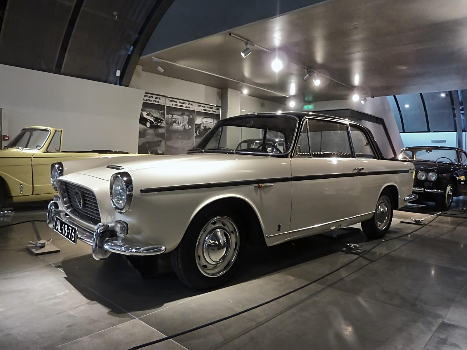 hellenic motor museum (30).JPG