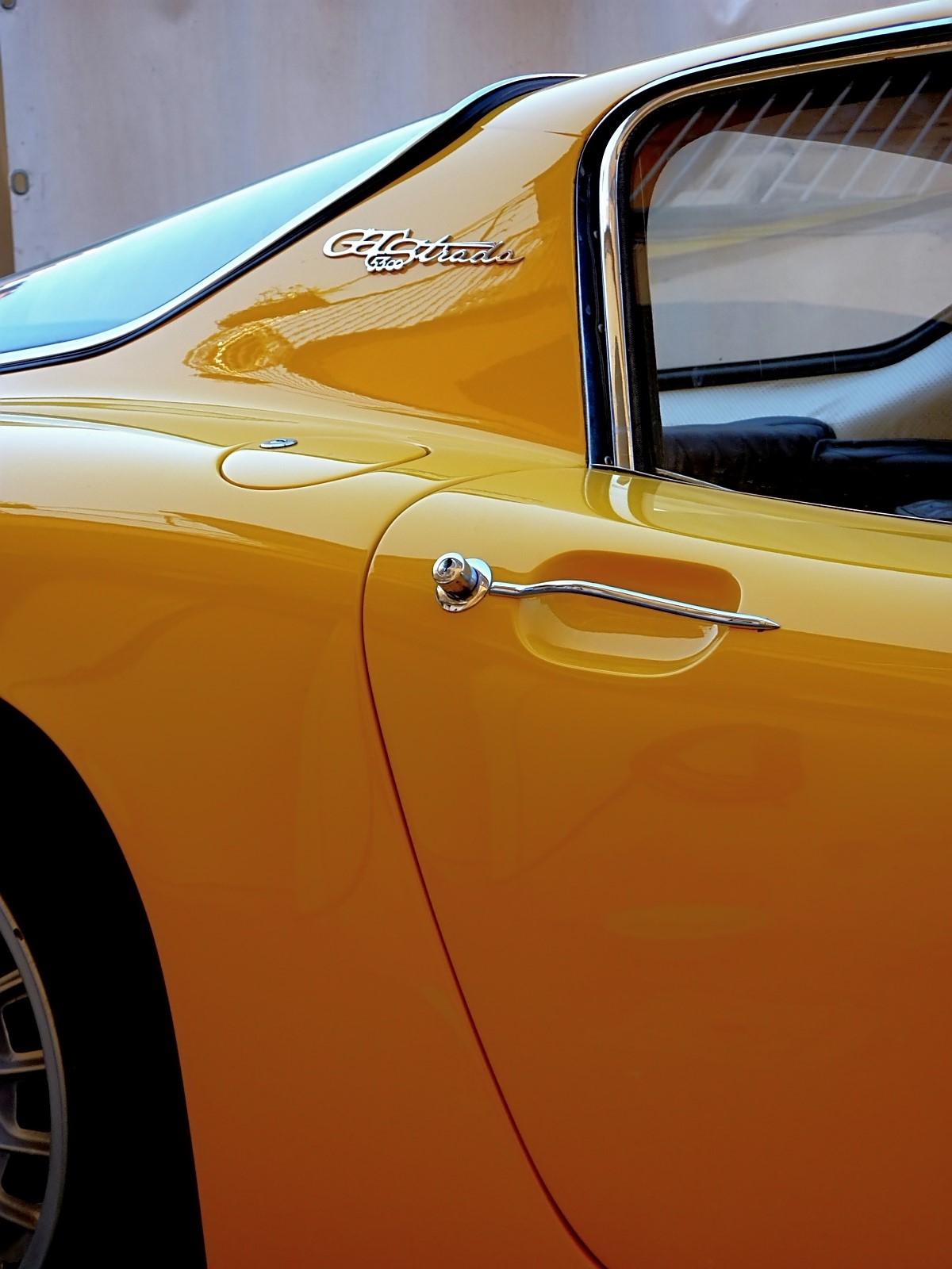 1966 Bizzarrini 5300 GT Strada (9).jpg