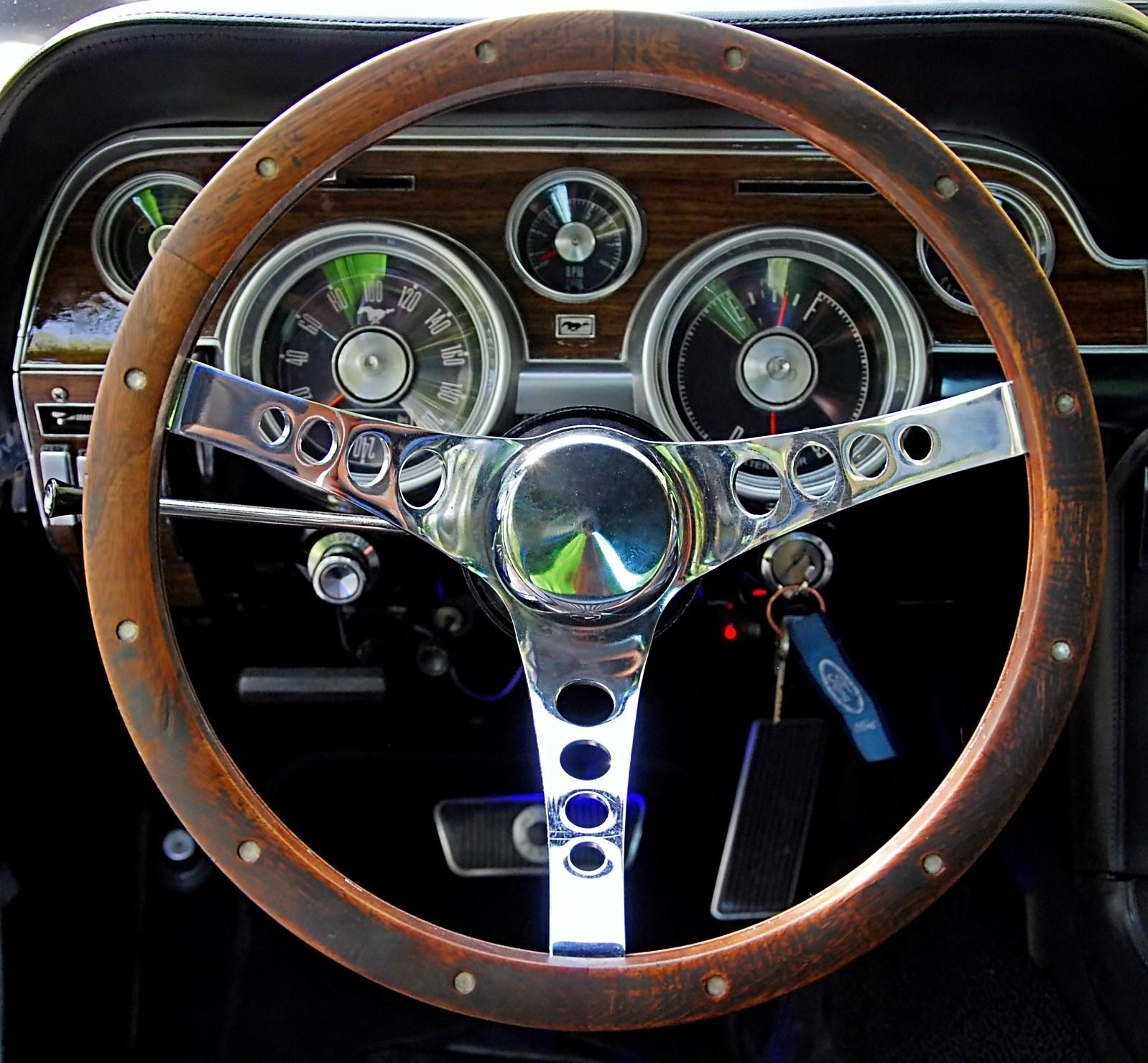 1968 Ford Mustang 289 (28).jpg