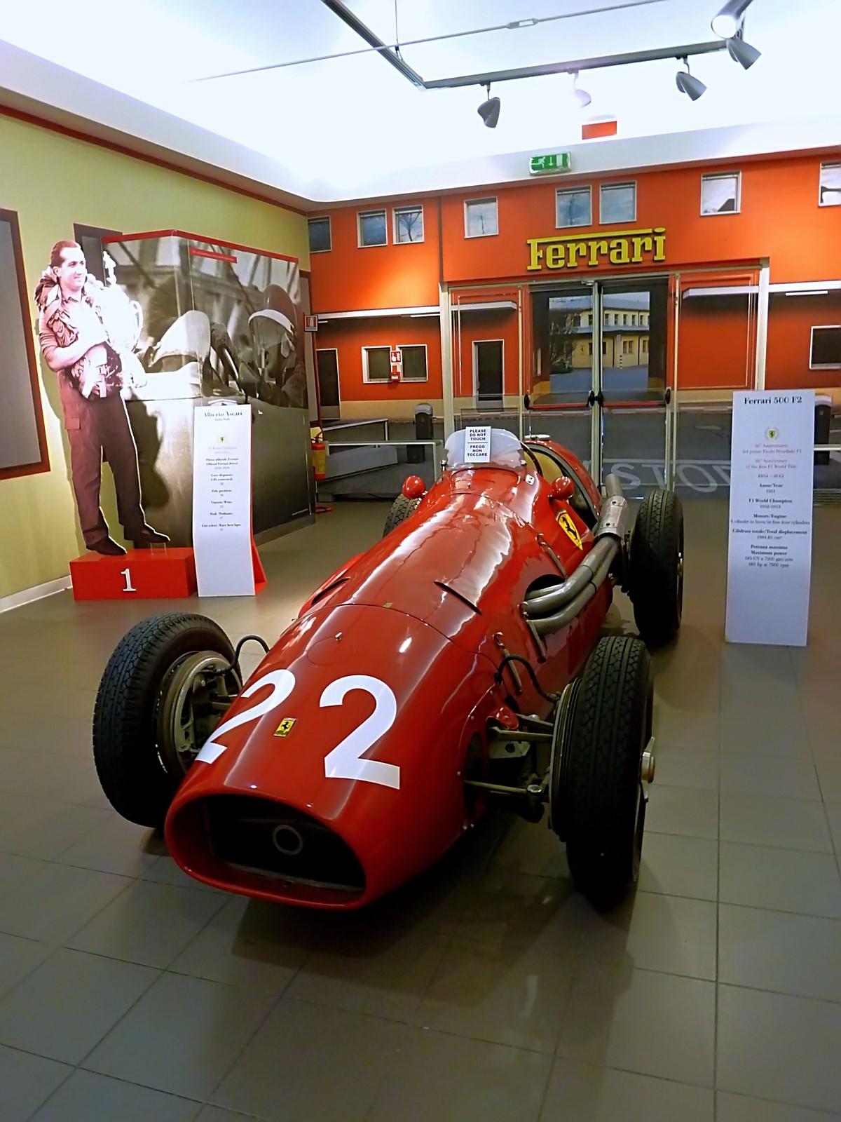 1951 Ferrari 500 F2 (9).jpg