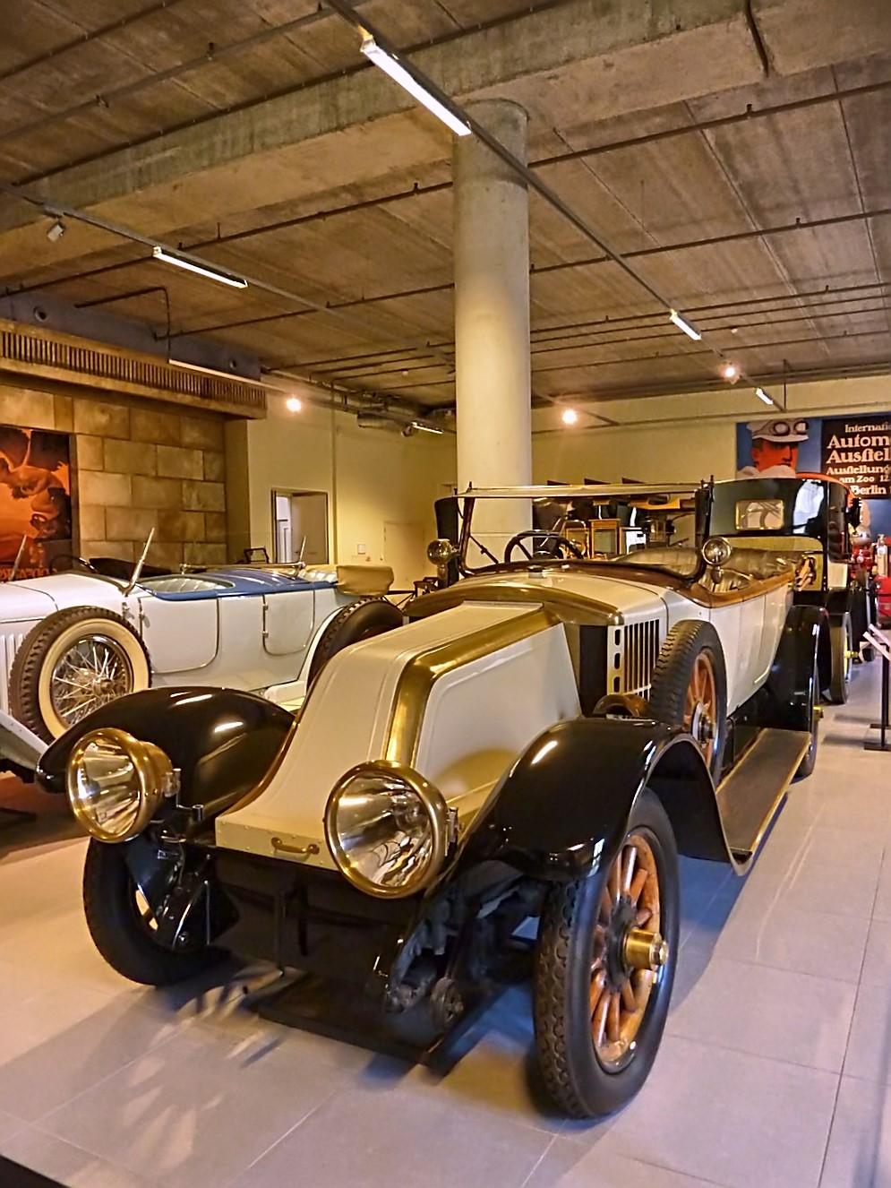 Louwman Museum (316).jpg