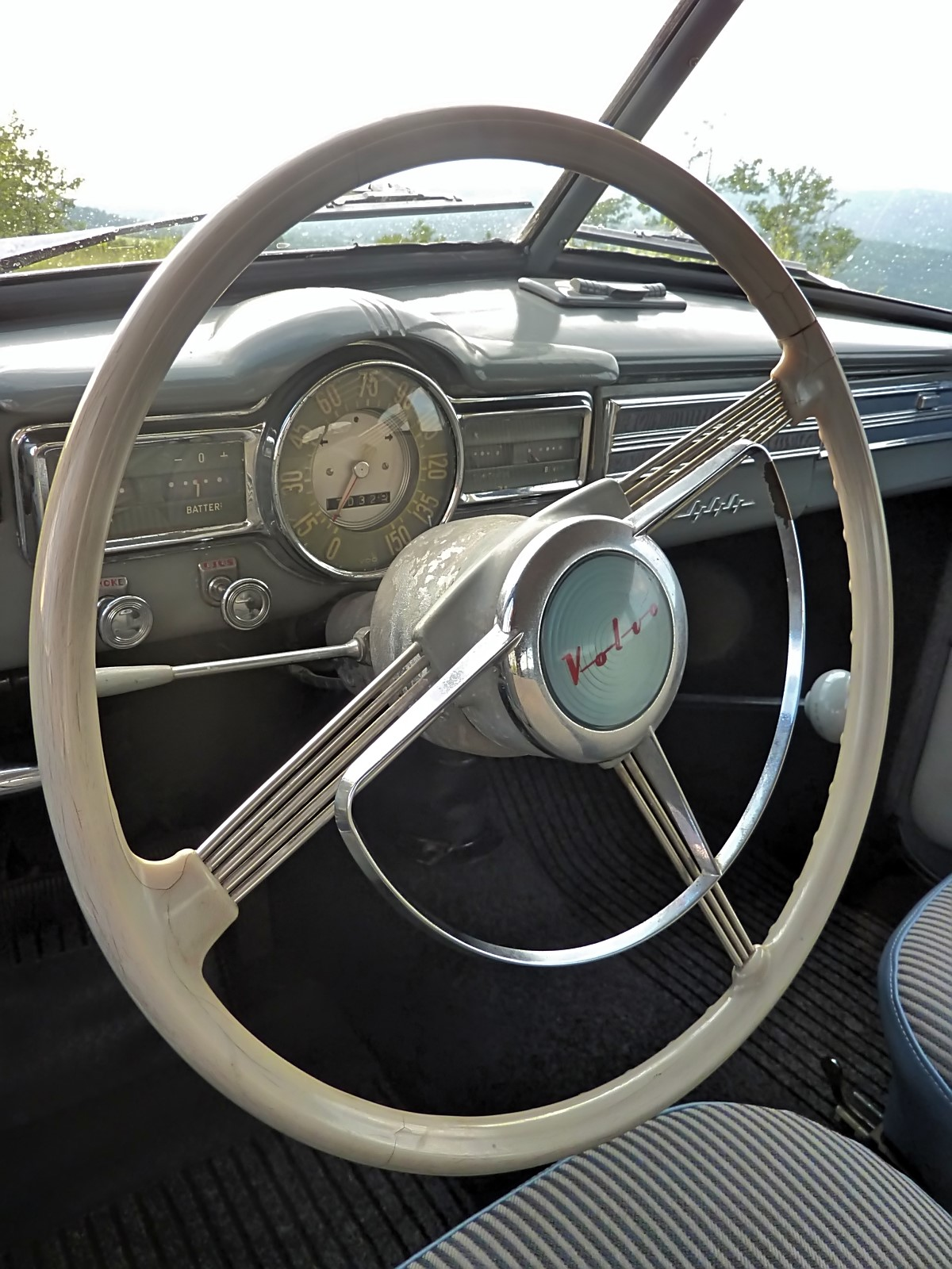 1946 Volvo PV444 (LEKAM) (18)