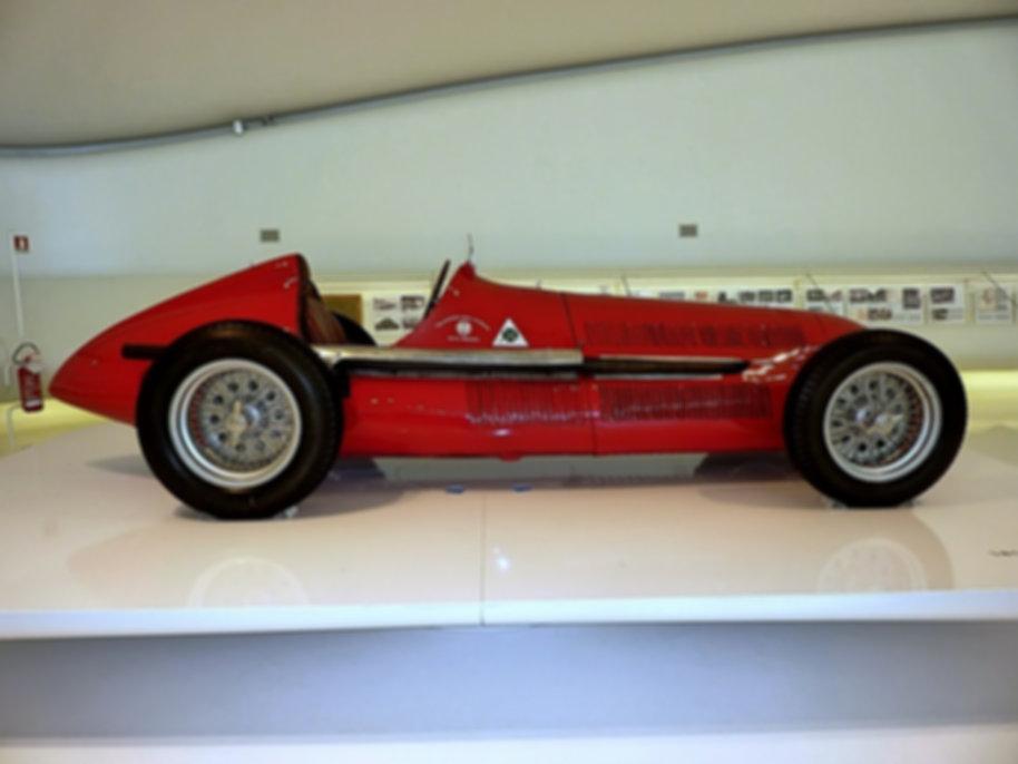 1938 Alfa Romeo Tipo 158 Alfetta  (9).jp