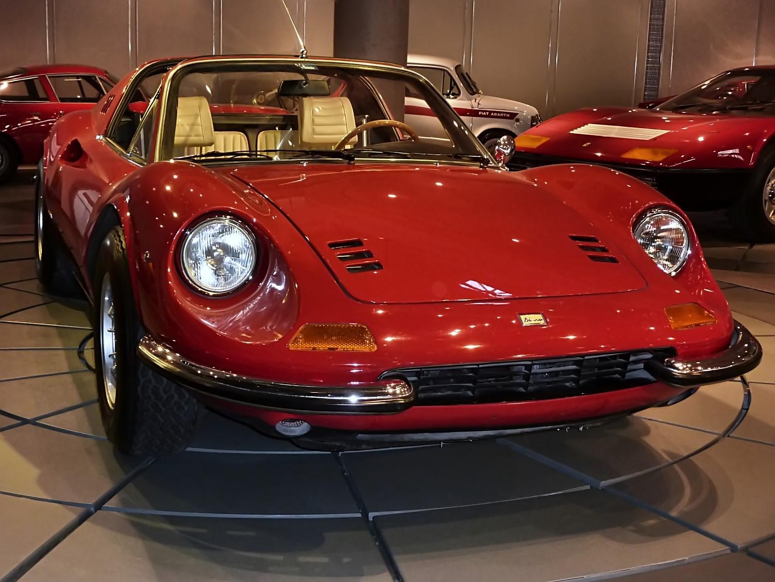 hellenic motor museum (24).JPG
