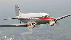koninklijke-dc-3-vliegen-rondvlucht-avio