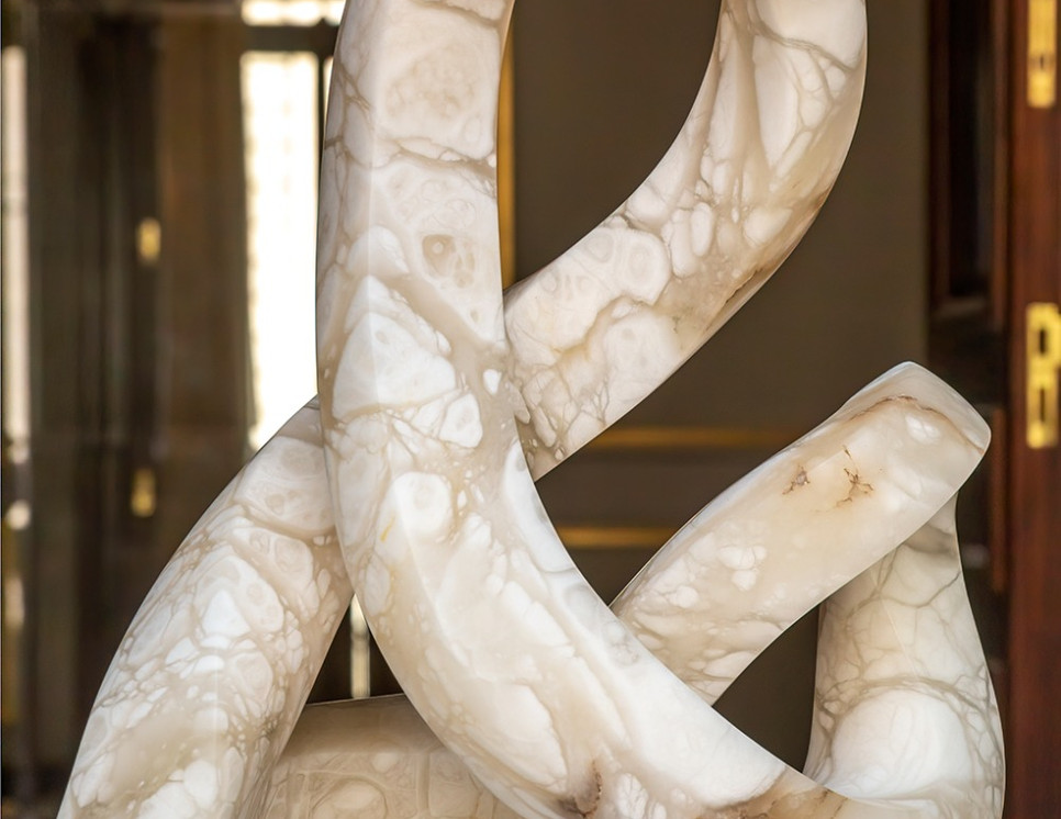 Escultura Four Seasons IV