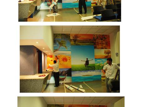 Instalación del Mural en Renaware - Diseño de Interiores