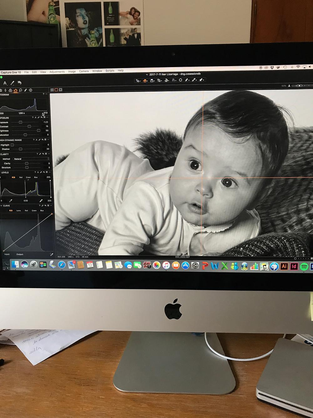 A los bebes solo tienes que observarlos, tener mucha paciencia y estar lista con la cámara para tomar la foto.