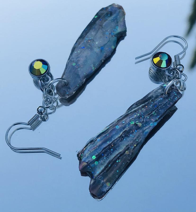 Shell & Glitter earrings by Green Bird Gifts