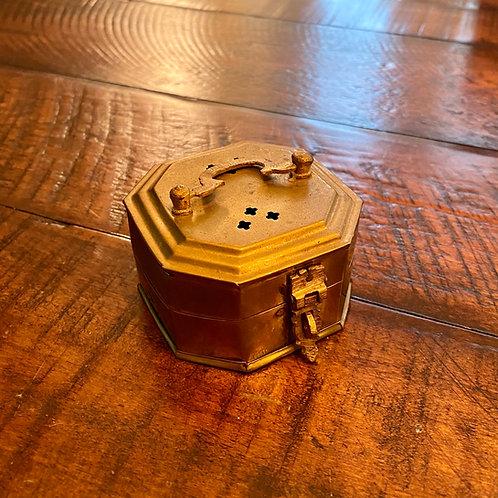 Mini Brass Octogan Cricket Box