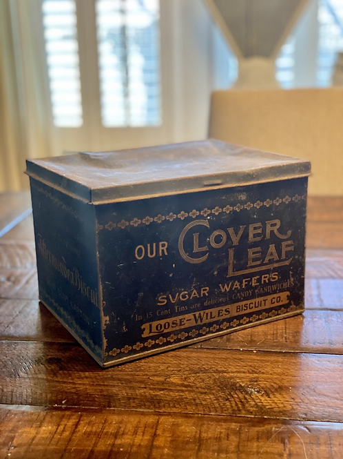 Antique Clover Leaf Wafer Tin