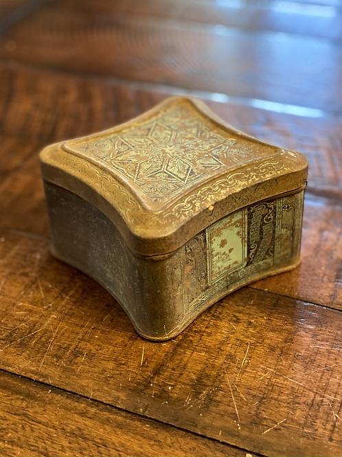 Antique Scalloped Edgeworth Hinged Tin