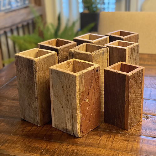 Reclaimed Wood Vertical Box