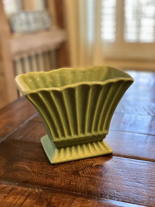 Midcentury Haeger Fan Vase