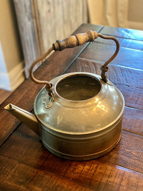 Antique Metal Rome Kettle w Wood Handle