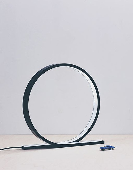 loop-lamp-himmee-4.jpg