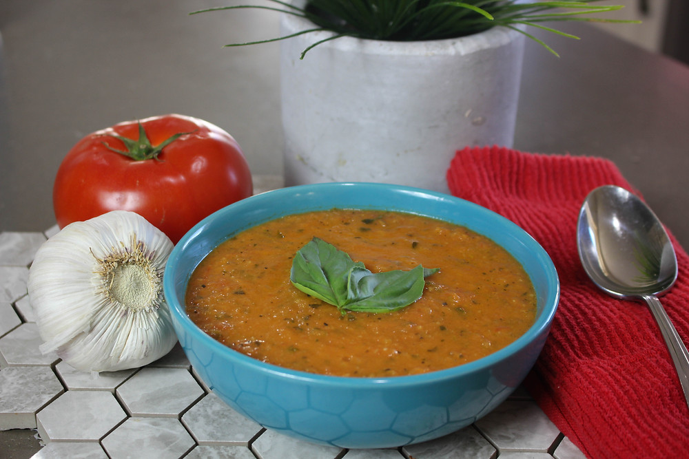 Tomato Basil Soup. Easy Tomato Soup Recipe. Fresh Tomatoes