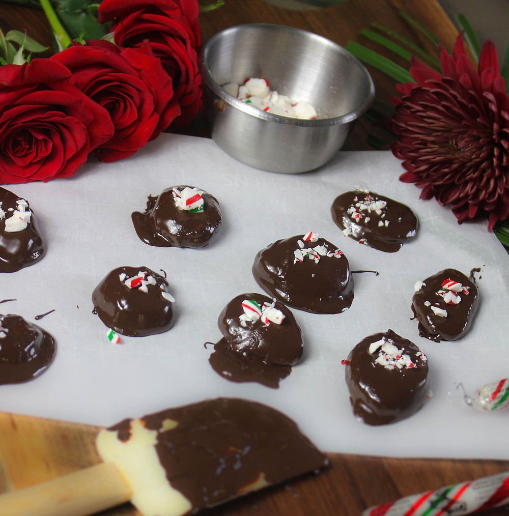 DIY After Eights.  Peppermint Patty Recipe.  Easy Christmas Dessert