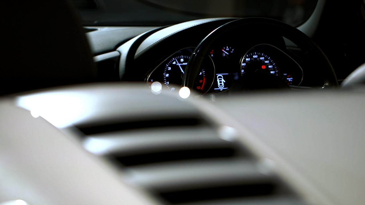 Audi R8 wrap promo