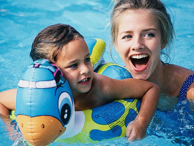 pool-girl_1.jpg