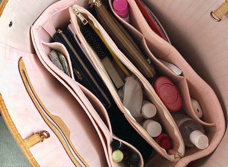 ORGANIZE   What's in my bag