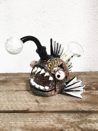 Piranha-Bong