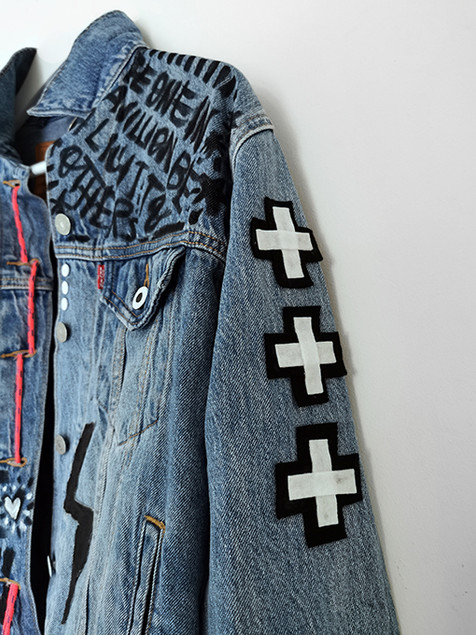TOSHY-levis-jacket-detail