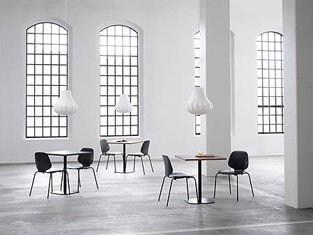 6027_Normann_Copenhagen_Form_Table_Cafe_