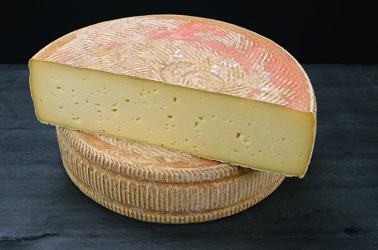 Consider Bardwell Farm plans to restart production of its award-winning cheeses after being crippled by a Listeria scare, and the loss of business during the pandemic.