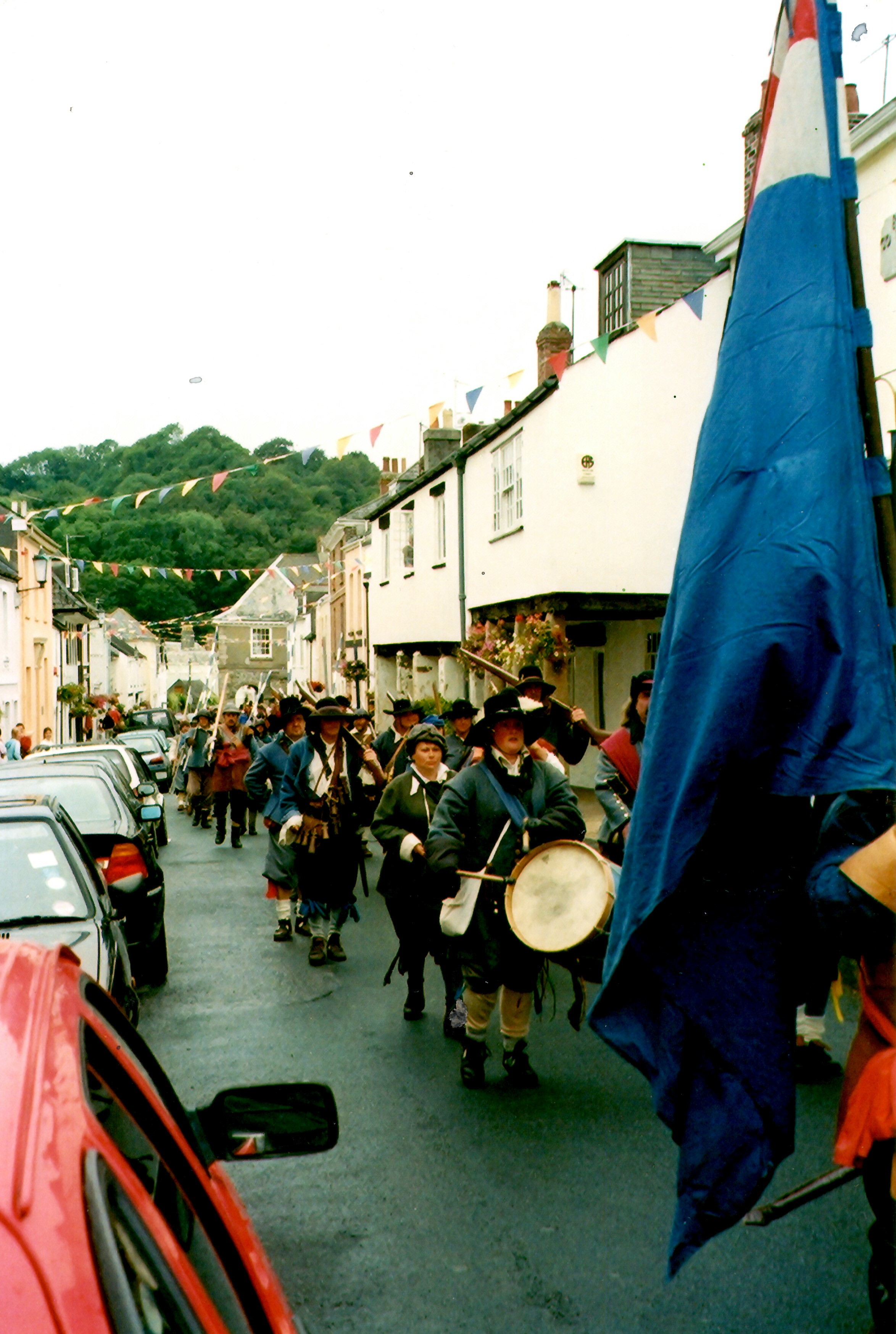 Sealed Knot Society marching in Fore St.