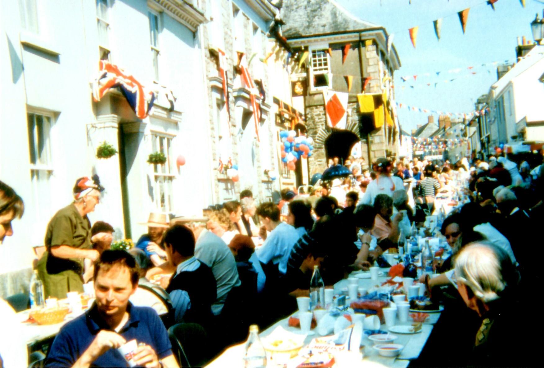 Q.E.2 Silver Jubilee celebration 1977- 2