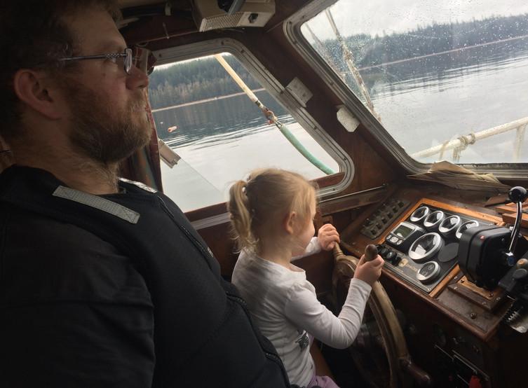 Skipper in training
