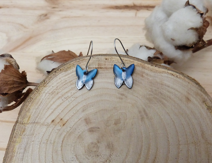 Boucles petits papillons