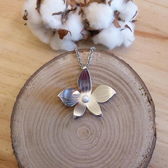 Pendentif orchidée