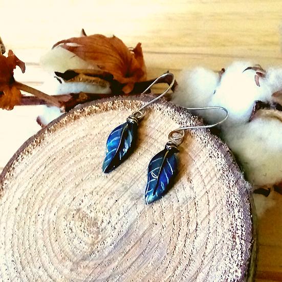 Boucles plumes bleu
