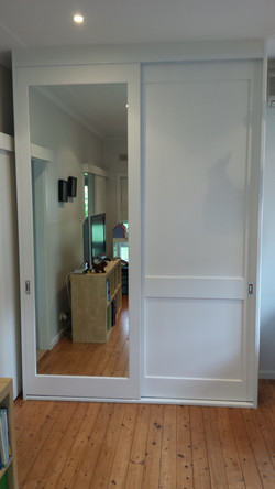 19 Primed Mid-Rail and Primed mdf Mirror